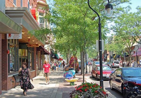 downtown-naperville--600cs052412